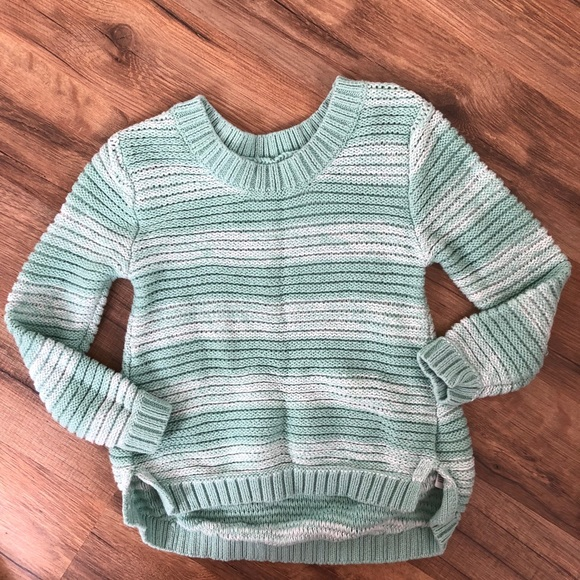 Old Navy Other - Old Navy knit sweater